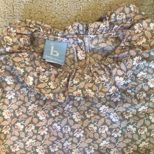 bella bliss Shirts & Tops - Bella Bliss Floral Blouse Size 4